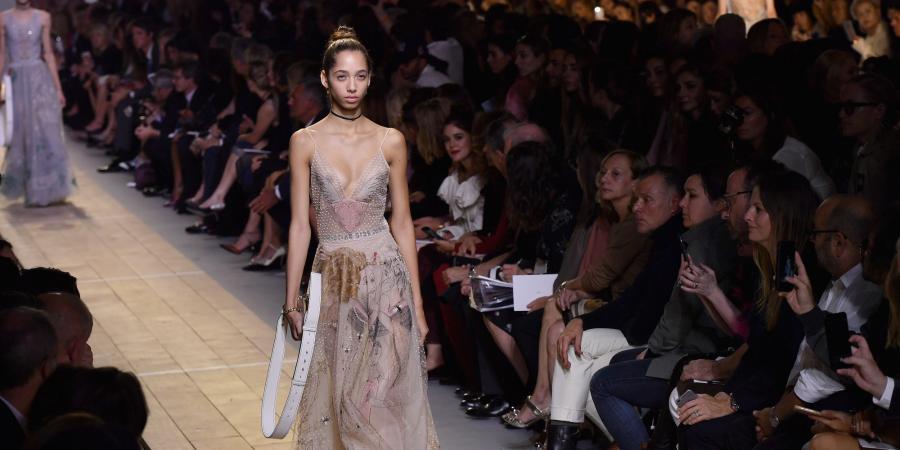Moda Moda Esta es la primera colección de Dior creada por una mujer