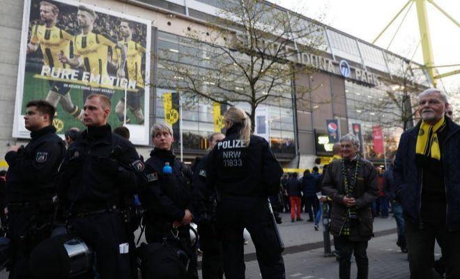Deportes Deportes Bartra, herido tras tres explosiones junto al autobús del Dortmund