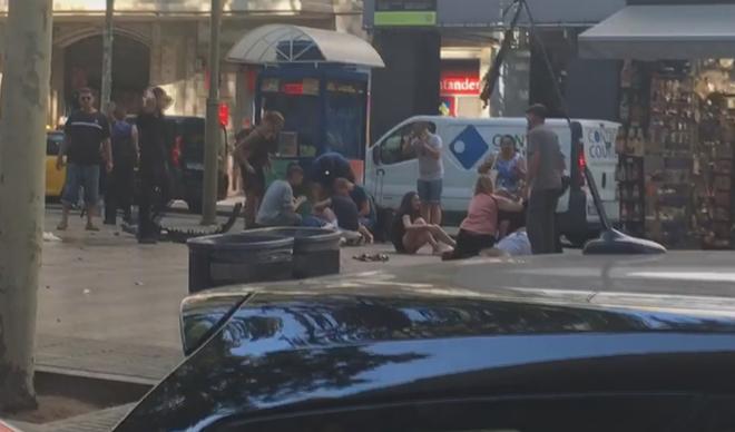 Actualidad Actualidad Atentado en Barcelona: al menos 13 muertos y varios heridos tras un atropello masivo en Las Ramblas