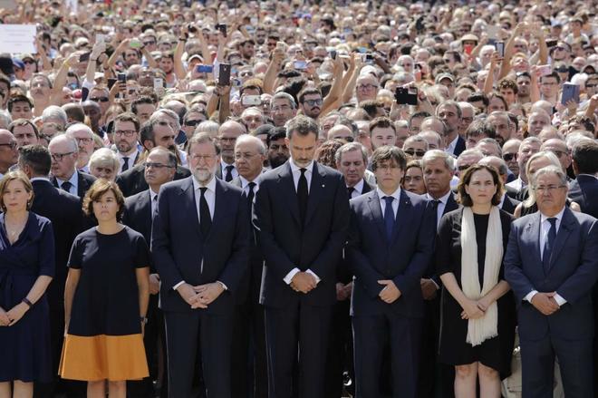 Actualidad Actualidad Atentado en Barcelona: El largo '23-F' de Don Felipe