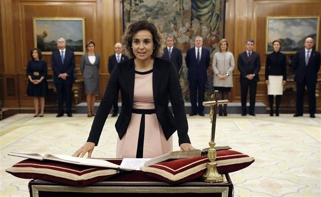 """Actualidad Actualidad El Gobierno descarta dialogar tras el 1-O con Puigdemont, al que """"solo le queda dimitir"""" y hablar con la Justicia"""