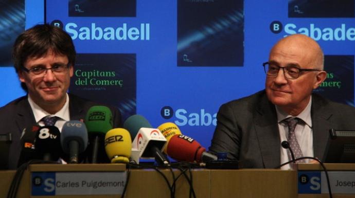 Actualidad Actualidad Bancos y empresas abandonan Cataluña antes del suicidio de la Generalitat