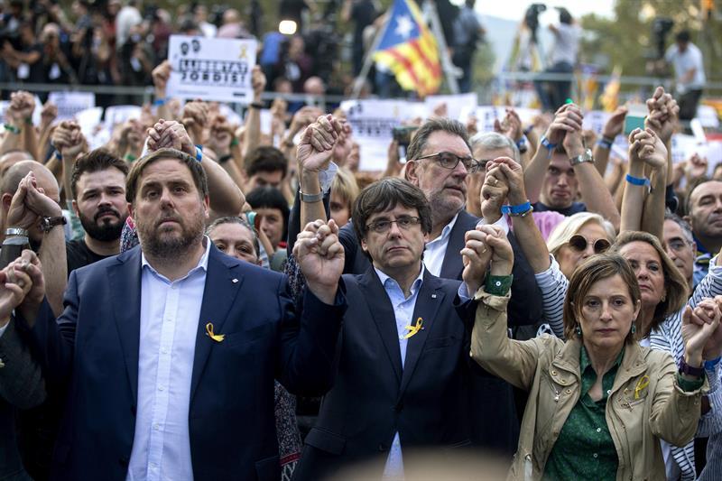 Actualidad Actualidad El Parlament proclamará el jueves la República Independiente de Catalunya