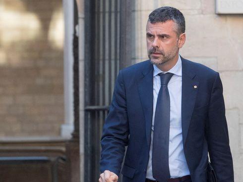 Actualidad Actualidad El conseller Santi Vila comunica a Puigdemont que deja el Govern
