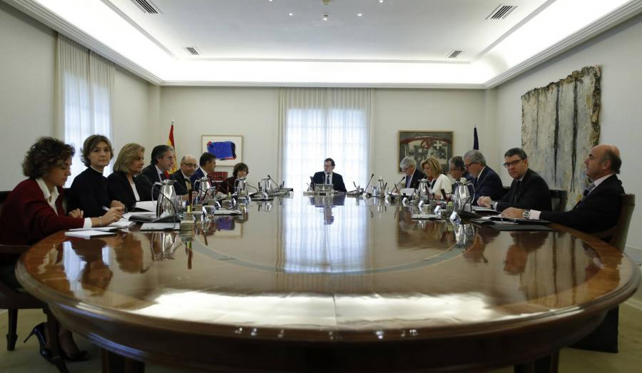 Actualidad Actualidad Rajoy aprueba la destitución de Puigdemont y convoca elecciones en Cataluña para el 21 de diciembre