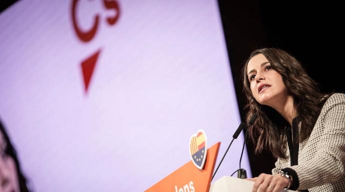 Actualidad Actualidad La jugada de Arrimadas descoloca a Puigdemont por cantar victoria muy pronto