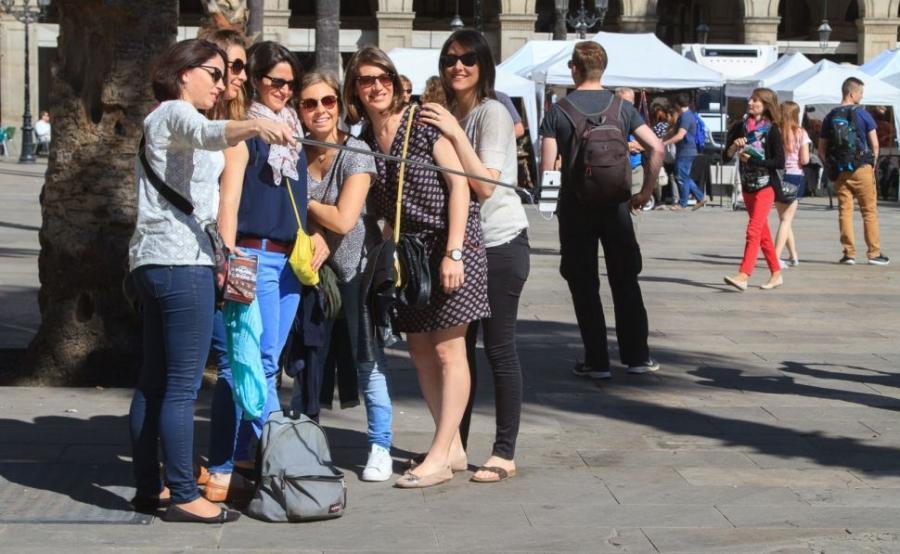 Turismo Turismo OMT: el turismo internacional cae un 20% en Cataluña