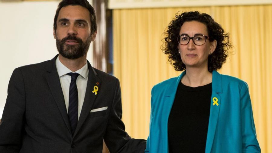 """Actualidad Actualidad Los leales a Puigdemont incendian Junts per Cat y amenazan: """"O él o el caos"""""""