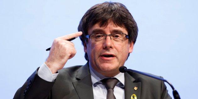 """Actualidad Actualidad Puigdemont admite que la independencia """"no es la única solución"""" para Cataluña"""
