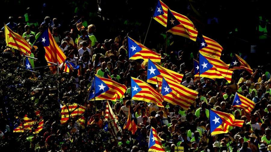 Actualidad Actualidad Sociedad Civil Catalana se une a la protesta de los profesores que denuncian las mentiras del procés