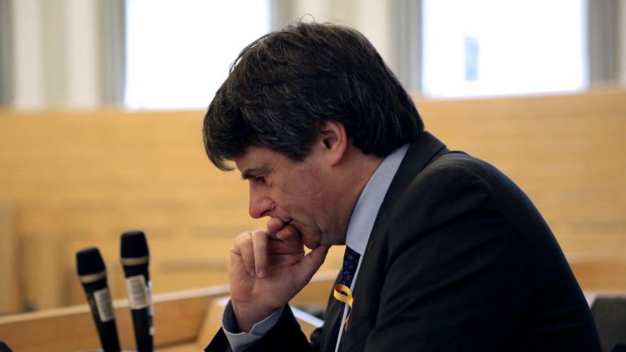Actualidad Actualidad Cataluña no merece más farsantes como Puigdemont