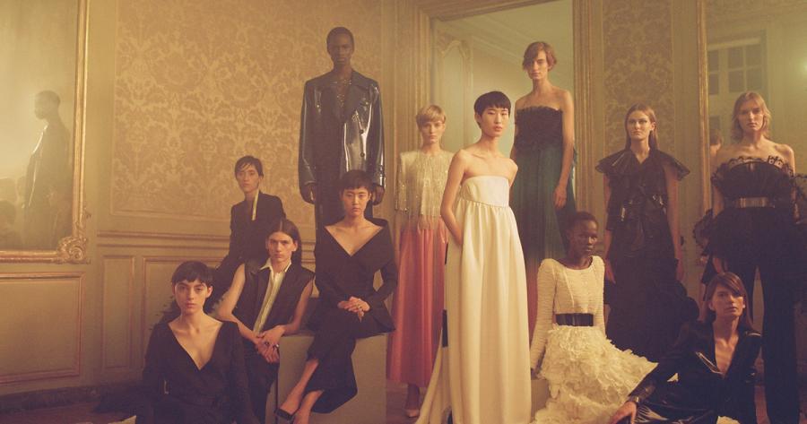 Moda Moda Así es el sueño de Alta Costura de Givenchy capturado por una artista de Barcelona