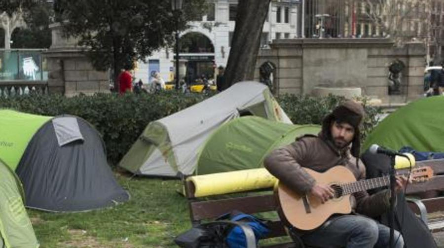 Actualidad Actualidad Fallece un «sin techo» tras sufrir una paliza en el centro de Barcelona